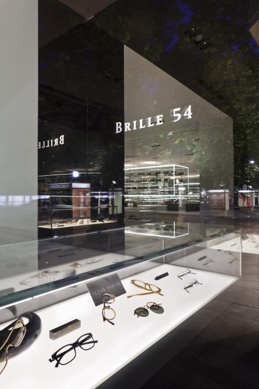 Brille54