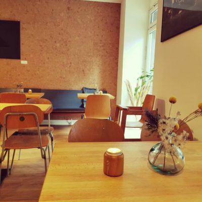 LIT Coffeebar & Bakery