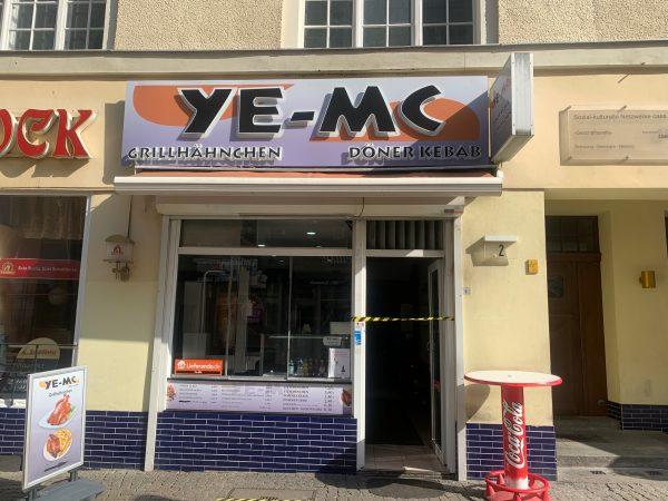 Ye-MC
